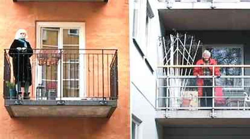 Damer på balkongen